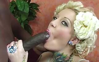 blonde girl Candy Monroe gets her pussy pounded by black dude