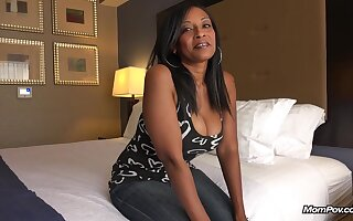 Hottie Black Mom Pov Porn BTS