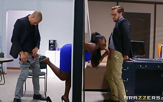 Ebony with thick curves, insane office triplet