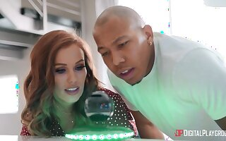 Stunning babe Megan Rain takes care be proper of a broad in the beam black bushwa